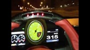 Ferrari 458 Italia doing 336 kmph in Dubai