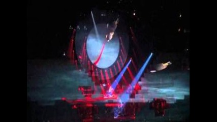 Roger Waters - The Wall Live Hd - Part 1