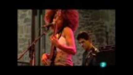 "Esperanza Spalding - ""i Know You Know / Smile Like That"" (live in San Sebastian july 23, 2009)"