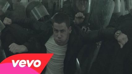 Nick Jonas - Chains