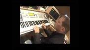 Scott Storch Making A Beat In The Studio
