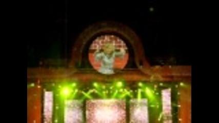 Lepa Brena Live- Pozeli srecu drugima- Beogradska Arena 21.10.2011