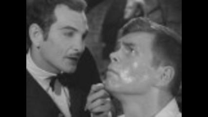 """Главната сцена от """" Алфред Хичкок представя - Восъчната фигура """" S4e27"""