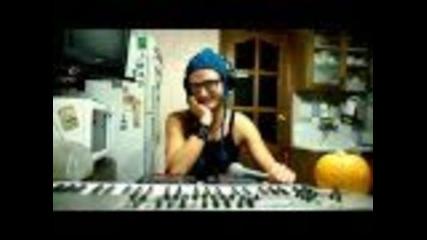 Луд руски beatboxer-masta Mic Halloween