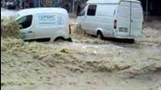 Жестоки порои в Русия!!! Бедствие (наводнение в Геленджике июль 2012 год)