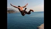Топ 15 - най екстремни скоци във вода