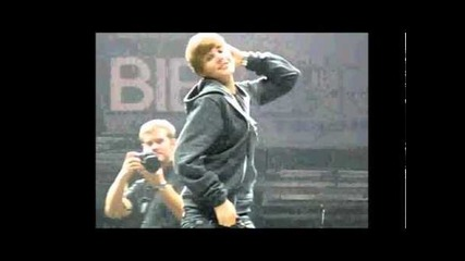 Justin Bieber ~~!~~!~~!~~ Swag it out