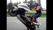 T-max Stunt