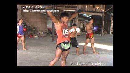 Buakaw Por Pramuk Training !!!