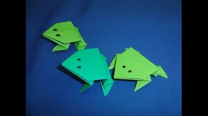 Daily Origami: 002 - Jumping Frogs
