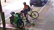 Колелоездач vs паркирана пистарка