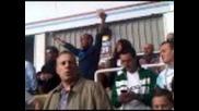 Ди Канио пее химна на Уест Хям