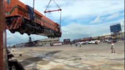 Изпускане на 200 тонен локомотив !