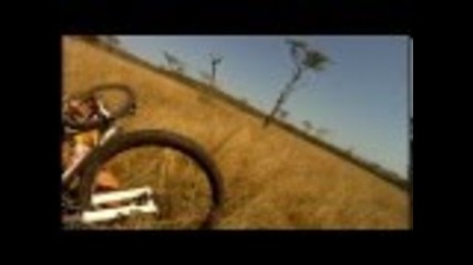 Mountain Biker gets taken out by Buck - Crazy Footage