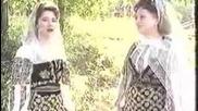 Maria si Camelia Ciobanu - Departe esti, mai, fetita