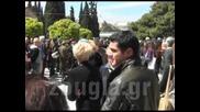 Погребението на Димитрис Митропанос - 2 khdeia Mhtropanos