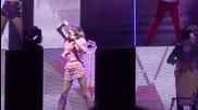 Violetta (martina Stoessel) - Euforia (live @ Palapartenope - Napoli) Full Hd - 23/01/2014