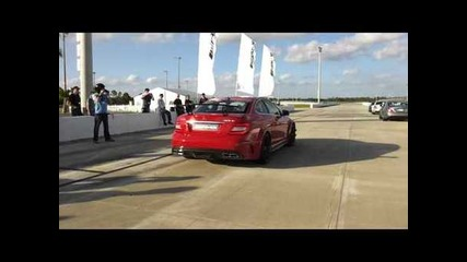 Mercedes C63 Amg Black Edition takes off full rip