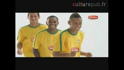 Robinho, Neymar and Ganso do the Beyonce Samba smqx