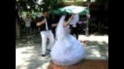 Eто това е сватбенско тържество !!