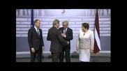 Юнкер пиян като гъз, раздава шамари на европейските лидери... Евро-алкохолен