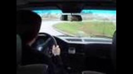 Bmw Drifting on Highway (баварец дрифти на магистралата)