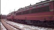 Товарен влак с локомотиви 44 093 и 43 552
