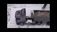 Tamiya Scania 6x6 with Carson Tipper