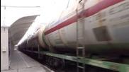 Товарен влак с тройна дизелова тяга