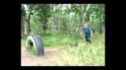 6 год. лапе фреерънър :) Freerun - parkur kid!