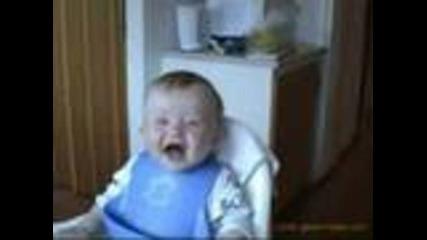 2 бебешки смеховки