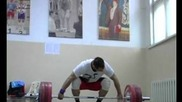 Ilya Ilin Snatches Up To 192.5 Kg Weithlifting