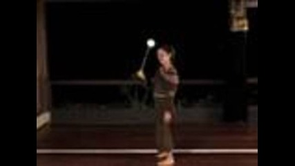 Beginner Poi Dancing Lesson: Crossing and Turning with One Poi