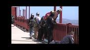Полицай спасиха човек от самоубийство от моста голдън гейт