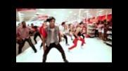 Само Майкъл и Бионсе могат да накарат толкова хора да затанцуват!