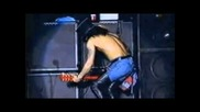 Slash goes Hendrix, amazing solo