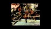 Александър Русев в отборен мач от 6 човека в главния мач на Fcw