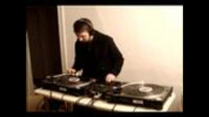 Whoa-b - Ten Minute Dubstep Mix