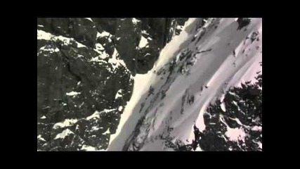 Skiing very extreme