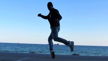 Танци на плажа във Варна!