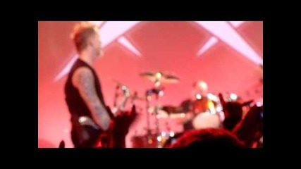 Metallica w/ Ozzy and Geezer - Iron Man/paranoid (live in San Francisco, December 10th, 2011)