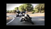 Official video Street Triple & R 2011