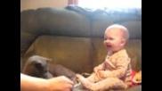 смешно бебе