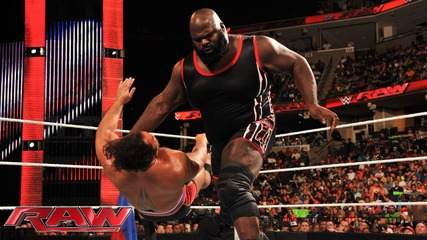 Mark Henry vs. Rusev: Raw, Sept. 22, 2014