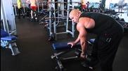 Victor Martinez показва упражнения за гръб - 2013