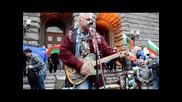 Песента на протеста срещу червената мафия