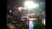 Барабанист спретва шоу