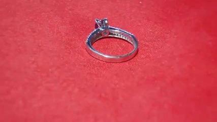 модерен годежен прьстен сьс сапфир и диаманти Kirkoran Diamonds