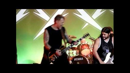 Metallica w/ Jason Newsted - Whiplash (live in San Francisco, December 10th, 2011)