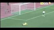 Най - забавните моменти през 2011 от целия свят във футбола
